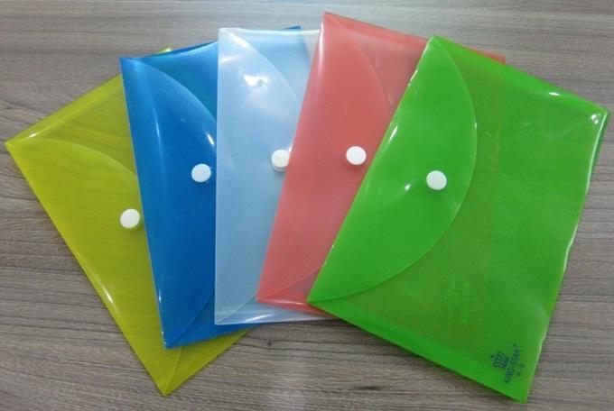 https://cdn.fast.vn/tmp/20200919021030-bia-nhua-1-nut-a6-plastic-bag-ks-a6-1.JPG